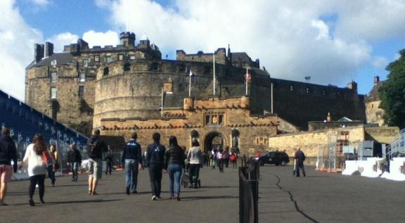 EdinburghCastleEntrance