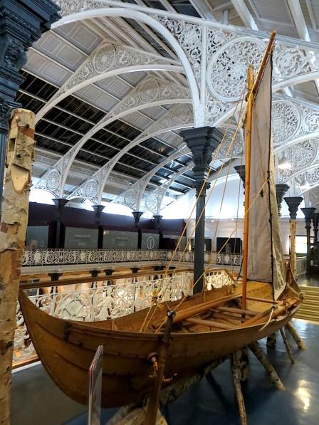 DUBLINArchaeologyMuseumBoat