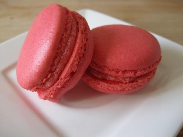 raspberry-macarons-009