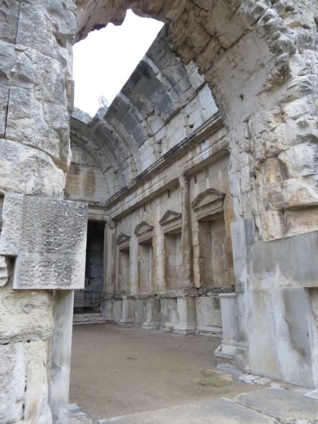 Diana Temple Nimes