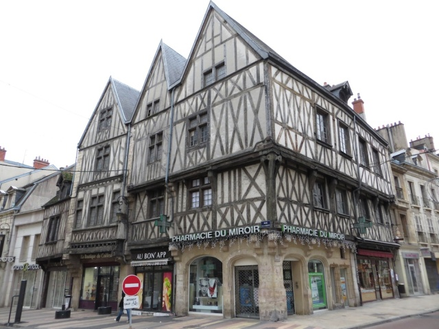 Dijon Rennaissance Homes