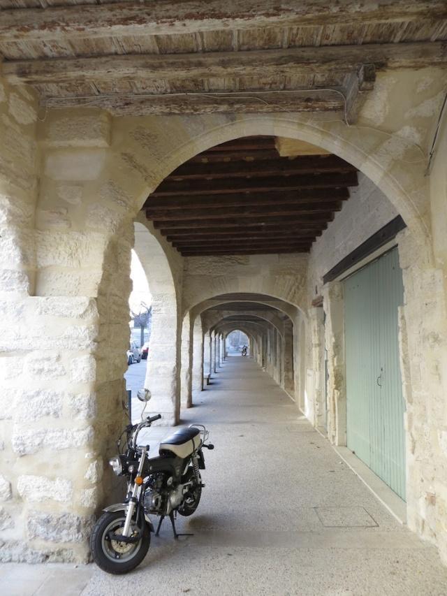 Villeneuve Arch