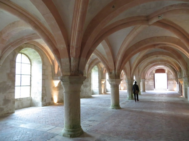 Fontenay Understory Arches