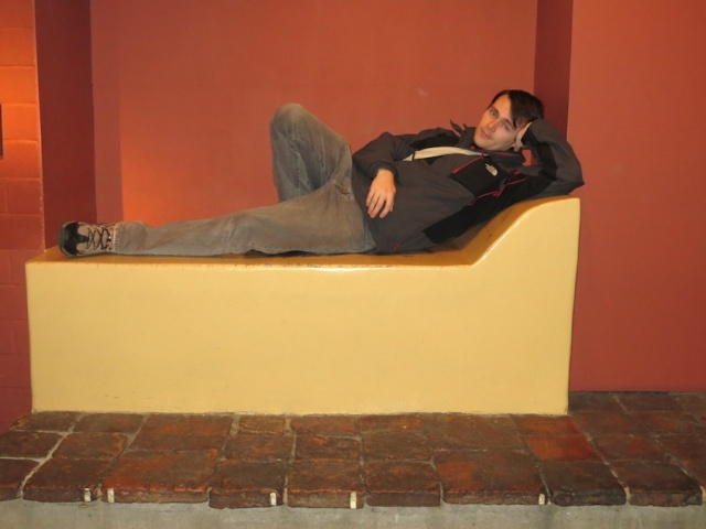 Aaron Lounging Cologne Museum